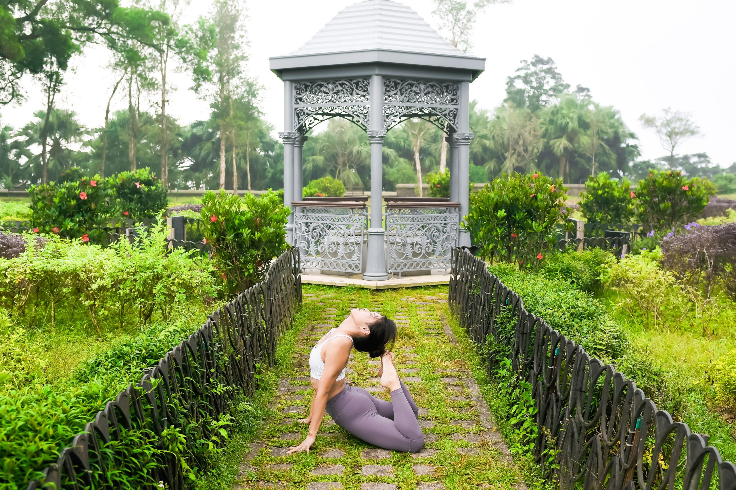 30 Mins Yoga Flow with Samantha